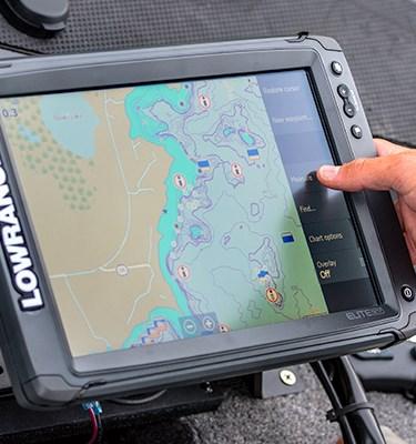 Lowrance ELITE 7 Ti2  CMAP US INLAND LAKES MAPPING   No Transducer